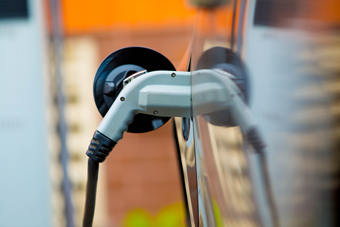 ev_charger-blur_340px.png